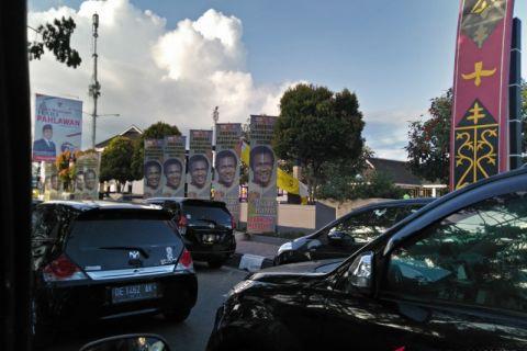 Oscar Harris pukau warga kota Ambon