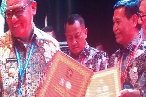 Maluku Tenggara terima penghargaan peduli HAM