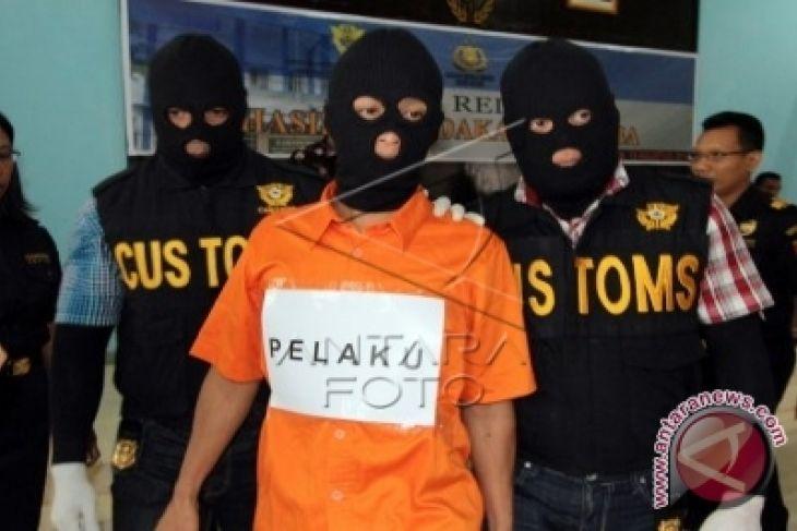 Polisi Tangkap Tiga Pelaku Pengguna Narkoba