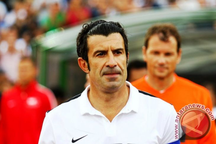 Figo Penasihat Sepak Bola UEFA