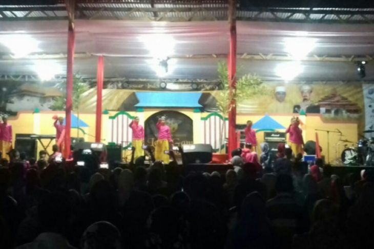 Pentas seni meriahkan HUT Tidore Kepulauan