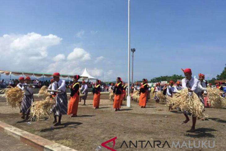 Bupati resmikan satu dekade Festival Teluk Jailolo
