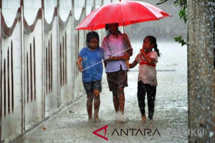 BMKG peringatkan hujan di sejumlah wilayah Maluku