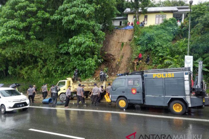 Pemkot Ambon fokus perbaiki titik bencana