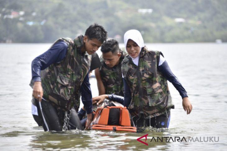 Mahasiswa kedokteran Unpatti dilatih evakuasi medis laut