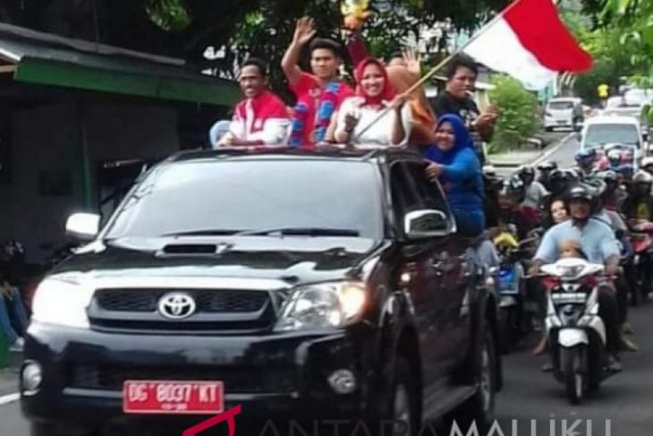 Peraih medali Asian Games diarak keliling kota