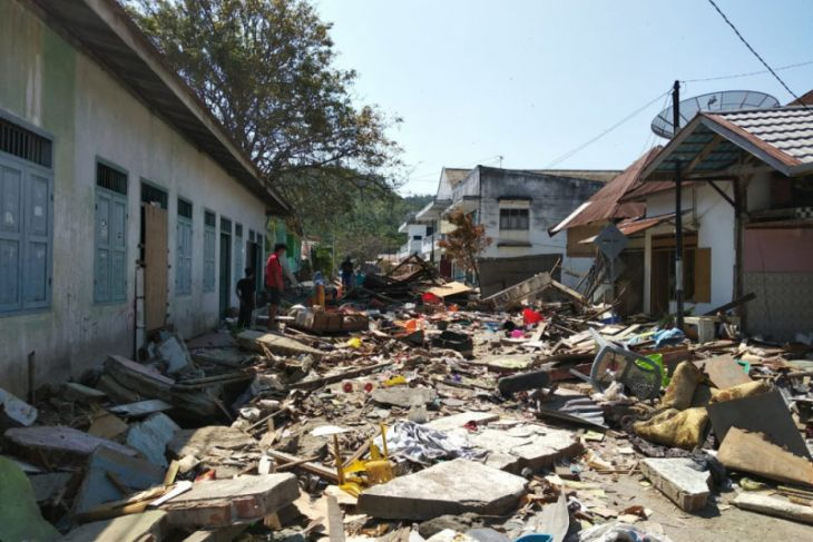 Gubernur terbitkan edaran galang bantuan Palu