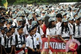 72 Pelajar SMK Bekasi Terlantar Pendidikannya