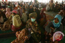 Pengungsi Sinabung Masih 18 Ribu Orang