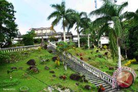 Pemkab Bangka Barat akan sediakan bus wisatawan di Menumbing