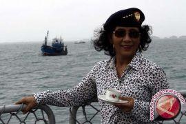 Menteri Susi telah tenggelamkan ratusan kapal pencuri