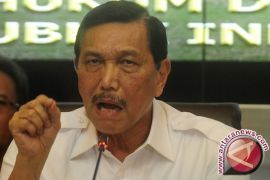 Luhut Minta Indonesia Tidak Emosional Tanggapi Insiden Natuna