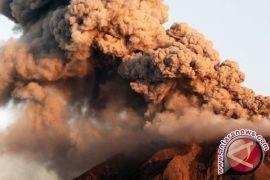 Tiga Warga Karo Tewas Akibat Awan Sinabung