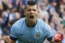 Manchester City Belum Terkalahkan Usai Bungkam Leicester 2-0