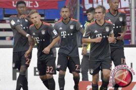 Muenchen Ditahan Imbang 10 Pemain Frankfurt 2-2