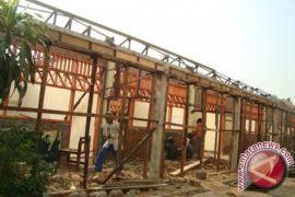 DPRD Nilai Kantor Desa Tidak Layak Ditempati
