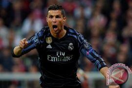 Sepakan salto Ronaldo hiasi kemenangan Real atas Juventus