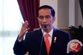 President Jokowi welcomed with  Maori Hongi greeting