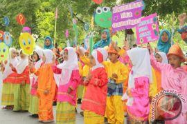 Ribuan Warga Muntok Gelar Pawai Targhib Sambut Bulan Suci Ramadhan