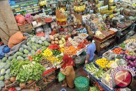 Disperindagkop Bangka Tengah antisipasi kenaikan harga sembako