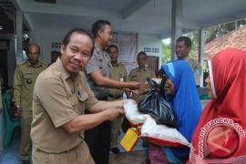 Pemerintah Kabupaten Bangka Distribusikan 500 Paket Sembako