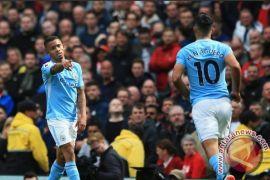 Aguero bukukan trigol saat City hancurkan Huddersfield