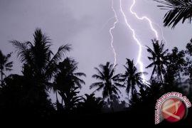 BMKG: Sungailiat dan Toboali berpotensi hujan disertai petir