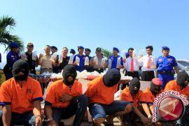 KKP Fasilitasi Alih Profesi Penangkap Benih Lobster