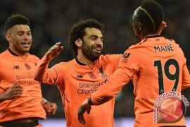 Liverpool Ganyang West Ham 4-1