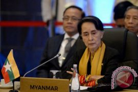 Din Syamsudin temui Aung San Suu Kyi