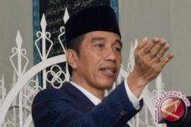 Jokowi puji santri pengusaha lalapan