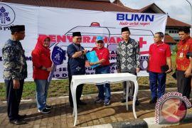 PT Taspen serahkan mobil ambulans untuk Pemprov Babel
