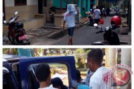 Tim Berkibar Eksis berikan santunan kematian kepada warga