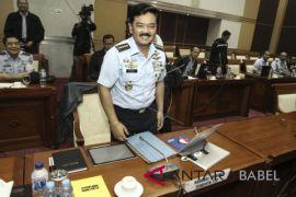 TNI kerahkan kapal buka transportasi Asmat