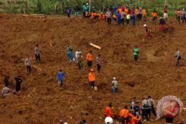 Data terkini, korban tewas longsor Brebes sebelas orang