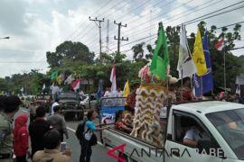 KPU Bangka pawai bersama paslon Pilkada 2018