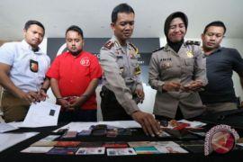 Penipuan penerimaan anggota TNI AL