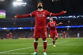Mohamed Salah antarkan Liverpool puncaki klasemen