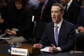 Saham anjlok, Facebook malah dituntut