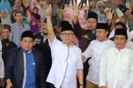 Zulkifli Hasan bertemu pimpinan Pondok Pesantren Miftahul Huda 2