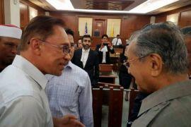 Datuk Seri Anwar Ibrahim bakal dibebaskan pada Rabu