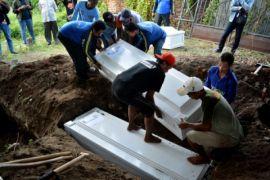 Tujuh jenazah pelaku teror Surabaya dimakamkan di kuburan Mr X