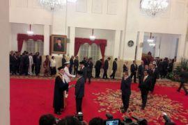 Presiden lantik KSAL dan Wakil Ketua MA