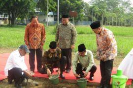 Presiden-Wapres letakkan batu pertama pembangunan Kampus UIII