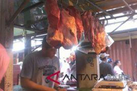 Harga daging sapi di Tanjung Pandan turun