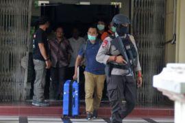 KPK geledah Disdik dan Dinkes Aceh
