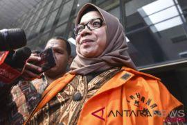 Eni Saragih kembalkan Rp500 juta ke KPK terkait kasus suap PLTU Riau-1