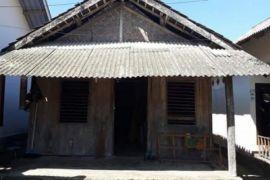 Bupati Lombok Utara akan perbaiki rumah Zohri