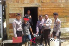 Polisi Bangka Barat sita puluhan liter arak