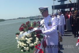 Lanal Babel gelar tabur bunga di Pelabuhan Pangkalbalam